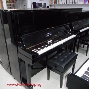 YAMAHA YUX secondhand piano, black color, exam model, height 1.33m